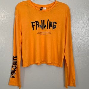 H&M Graphic Print Cropped Long Sleeve Tee